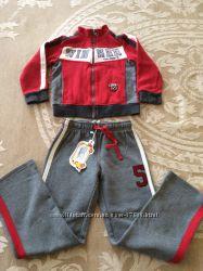 Cпортивный костюм  Сhicco размер 110