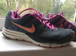 Nike, оригинал в очень хорошем состоянии, бесплатная доставка