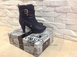Ботинки Luciano carvari р. 36
