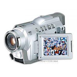 Продам или обменяю видеокамеру Samsung VP-D24
