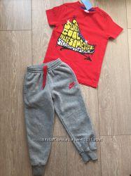 Спортивные штаны Nike оригинал р. 5лет