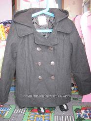 короткое пальто б. у. OLD NAVY