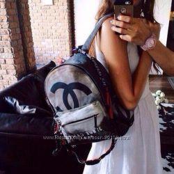 Рюкзак Chanel Graffiti Backpack. В наличии.