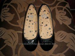 Новенькие туфельки YD 32 р.