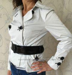 Демисезонная легкая куртка, ветровка Rolada, р-р М  44