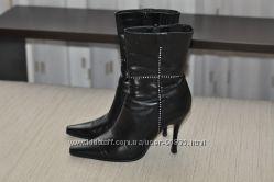 Продам Демисезонные женские классические ботинки лёгкое бу