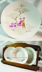 керамическая тарелка и три блюдца Bjorn Wiinblad