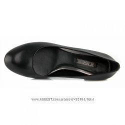 Туфли Экко классика 39 размер состояние новых