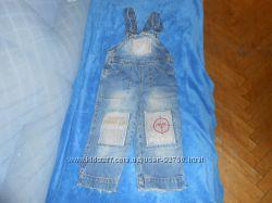 Комбинезон джинс и пакет вещей для малыша