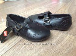Фирменные Нарядные туфельки пинетки, можно на торжество