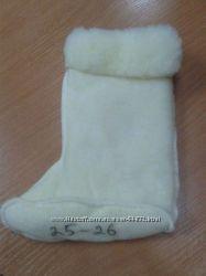 Вставки в резиновые сапожки в 4-х вариантах в наличии. Мех, текстиль, флис