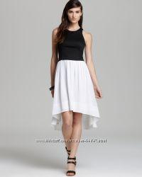 Очень красивое платье DKNY
