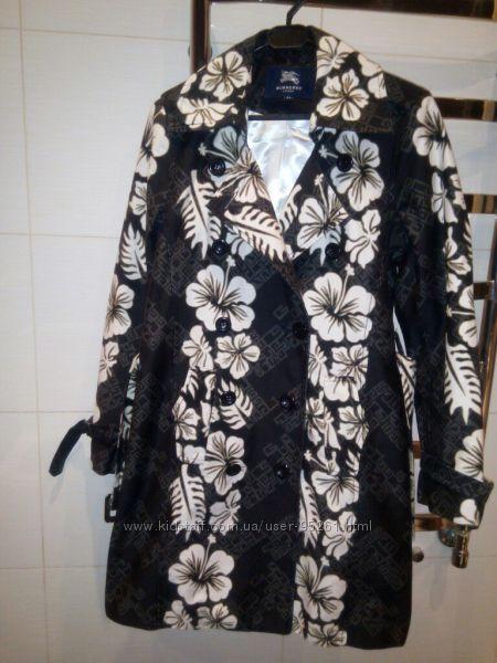 Тонкое весеннее пальто Burberry, котон, размер С-М