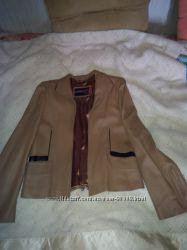 Кожаная курточка пиджачек на размер 44-46