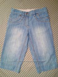 Летние джинсовые бриджи Next на 7 лет.