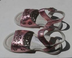Новые бососожки Tiranitos 25  размер
