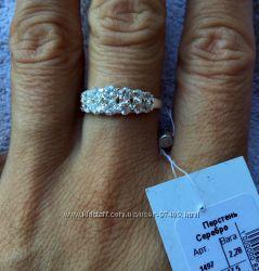 Кольцо серебро 925. Отличная цена.
