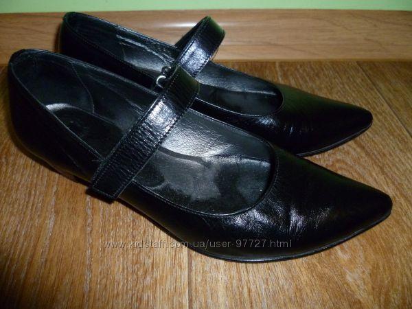Туфли женские для офиса и прогулок