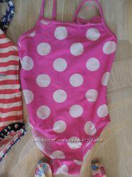 Дисней  купальнички и кепочка и панамка с Минни