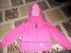 Курточка на девочку. TRESPASS