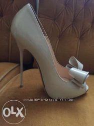 Продам лаковые туфельки Nando Muzi италия оригинал
