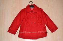 Полу пальто фирмы  LAREDUOTE. Размер 4-5 лет.