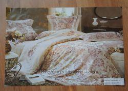 Шикарный постельный комплект Blumarine
