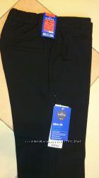 Новые школьные брюки М&S р. 9-10 лет