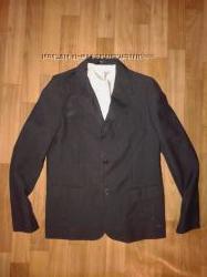 Пиджак от 11-12лет 142-152см. Подросток