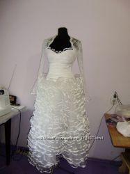 Шикарное свадебное платье, невенчаное