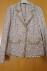 Теплый жакет-пиджак из буклированной ткани
