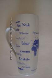 Чашка-бокал с названиями городов мира