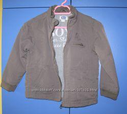 Легенькая куртка-ветровка chicco