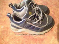 Фирменные кроссовки 8 XW, стелька 16 см.