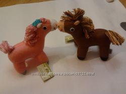 вязанная игрушка пони