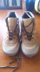 Демисезонные ботинки Chicco 33 размер