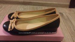 Продам новые туфельки Carlo Pazolini р. 37