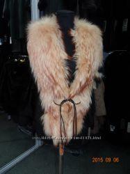 Продам очень красивую жилетку с натуральным мехом лисы