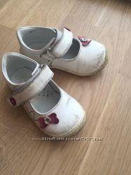 наши любимые туфельки Woopy