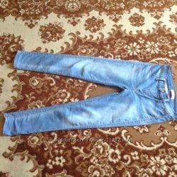Джинсы стрейчевые Gloria Jeans. Размер S-M.