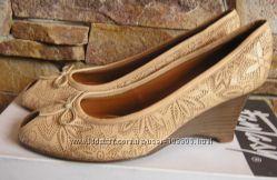 туфли  на танкетке, полностью кожа, стелька 26см