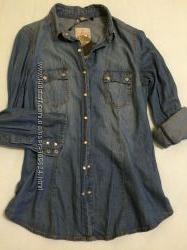 Стильная джинсовая рубашка Stradivarius