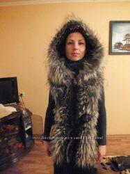 Шикарная кожаная куртка - трансформер с мехом енота