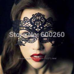 Жіноча карнавальна маска