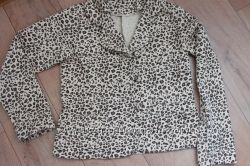 Пиджак с хищным принтом