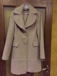 Продам пальто Rinasimento S