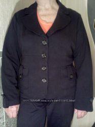 Трикотажный пиджачок р-р ХL
