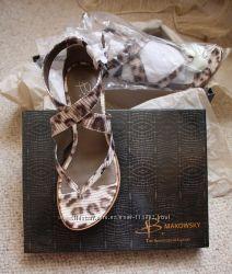 Нові шкіряні брендові босоніжки від B. Makowsky