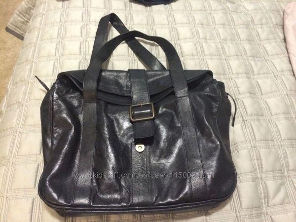 Maurizio Taiuti - чорна шкіряна італійська сумка офісного розміру