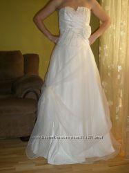 Продам элегантное, нежное свадебное платье